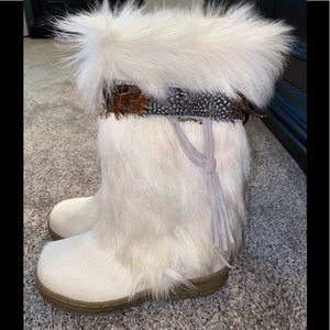 Brand New BearPaw Sheepskin Boots